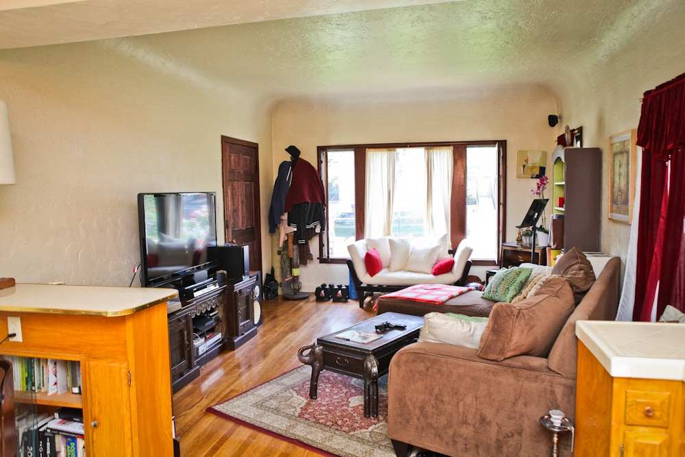 Here's the livingroom!