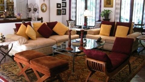 Luxurious house at Juarez Park