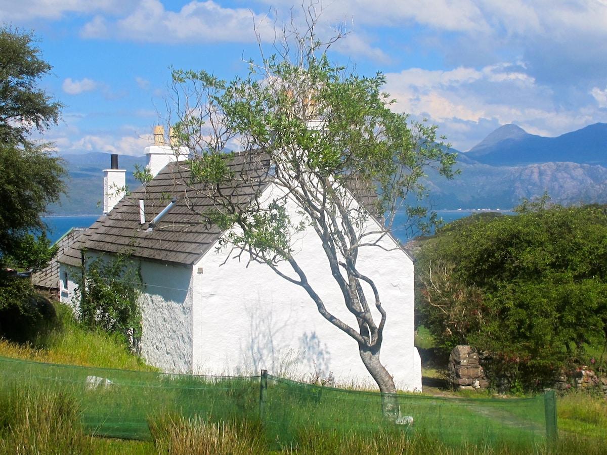 Comfortable West Highlands cottage