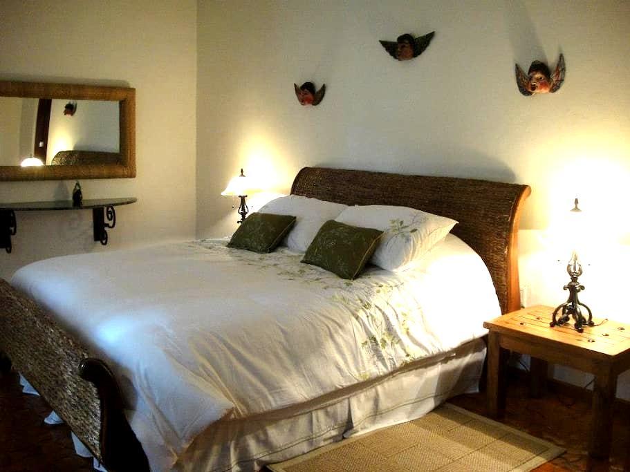 Angels room/Colonial Style Villa - クエルナバカ - 別荘