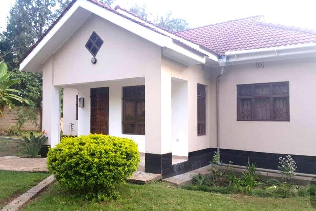 Comfortable & clean house in Arusha - Arusha - Haus