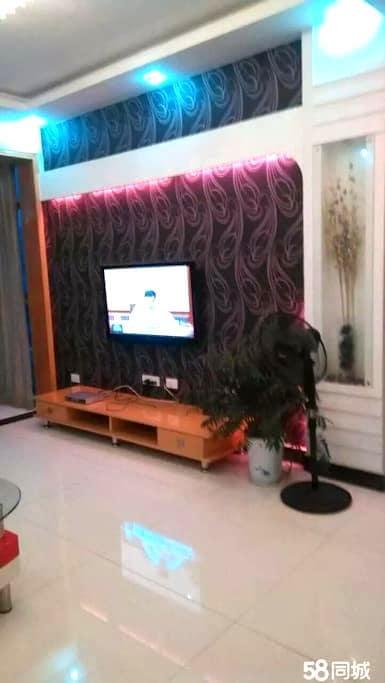 这是一个大家 温馨三居室的大家 - Xianning Shi - Hus