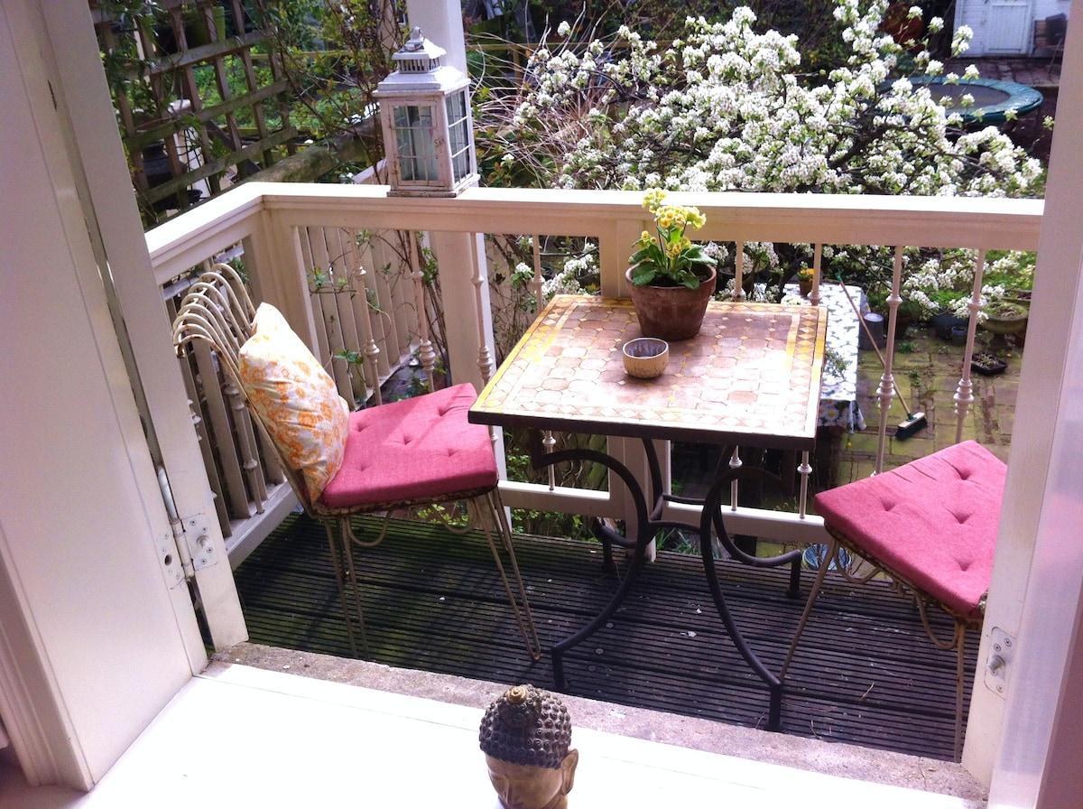 Romantic Garden Room with Veranda