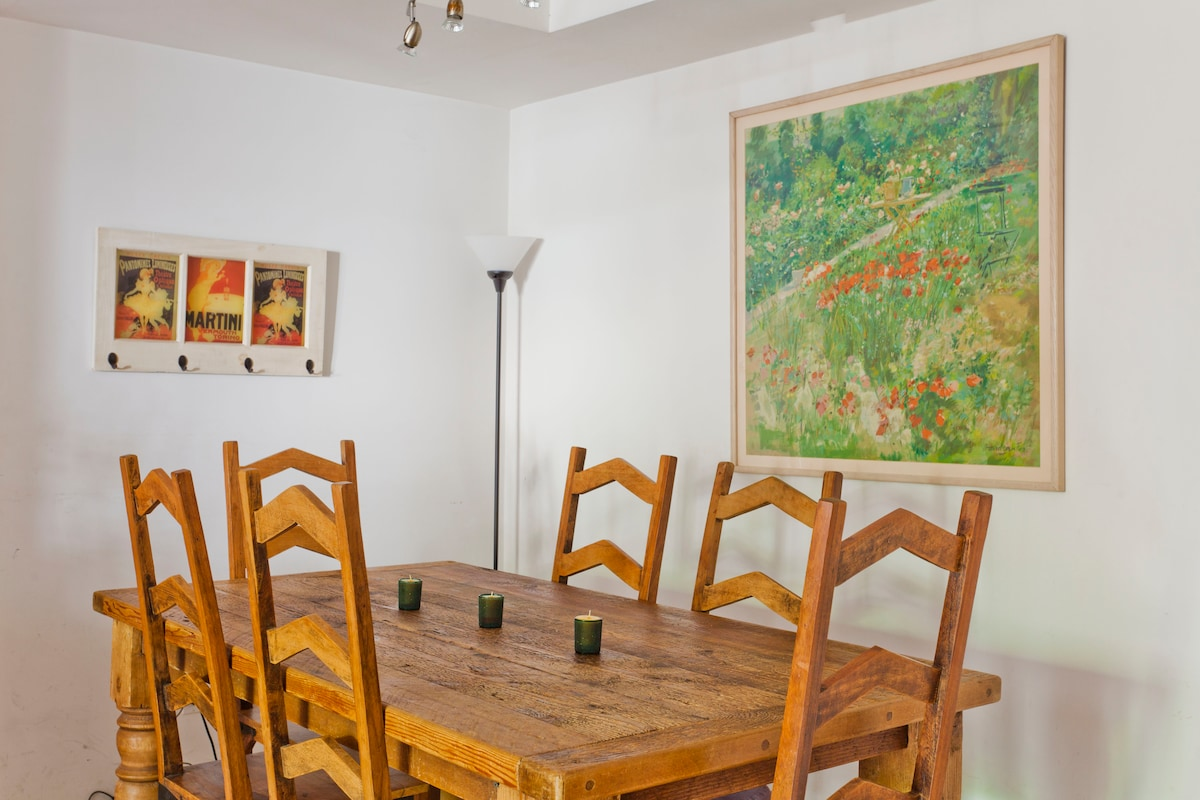 Dining room - shared area