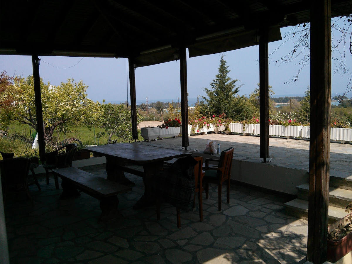 Charming studio with stunning view!