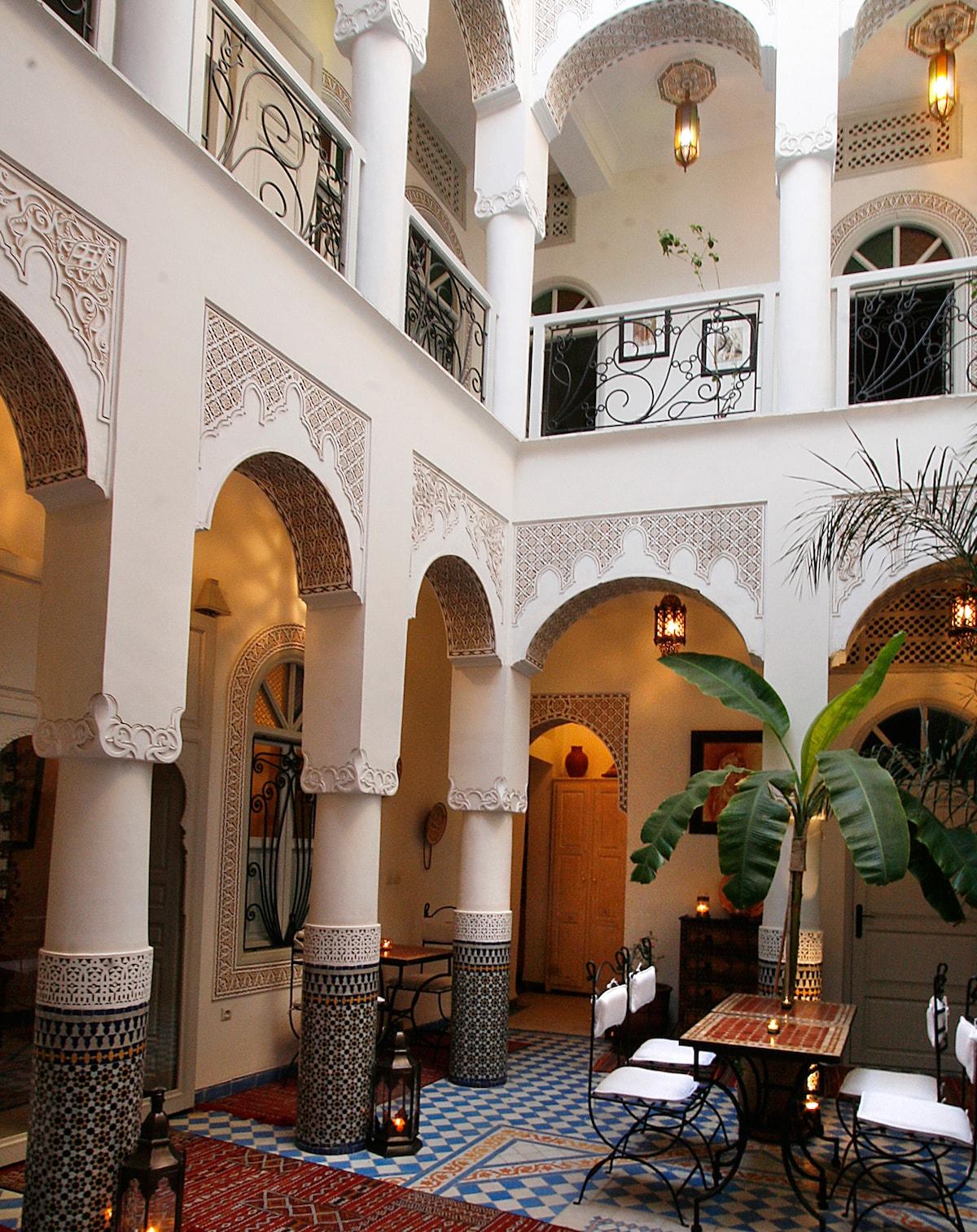Room Zahia Twin in charming Riad