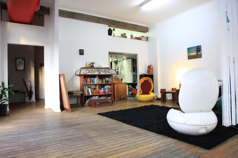 Private room in warehouse apartment