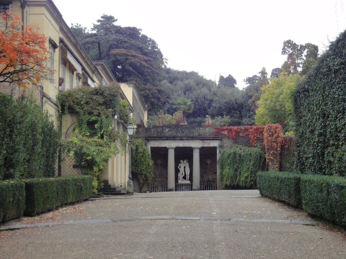the boboli gardens: a dive into Renaissance ; 50 meters from our doorstep