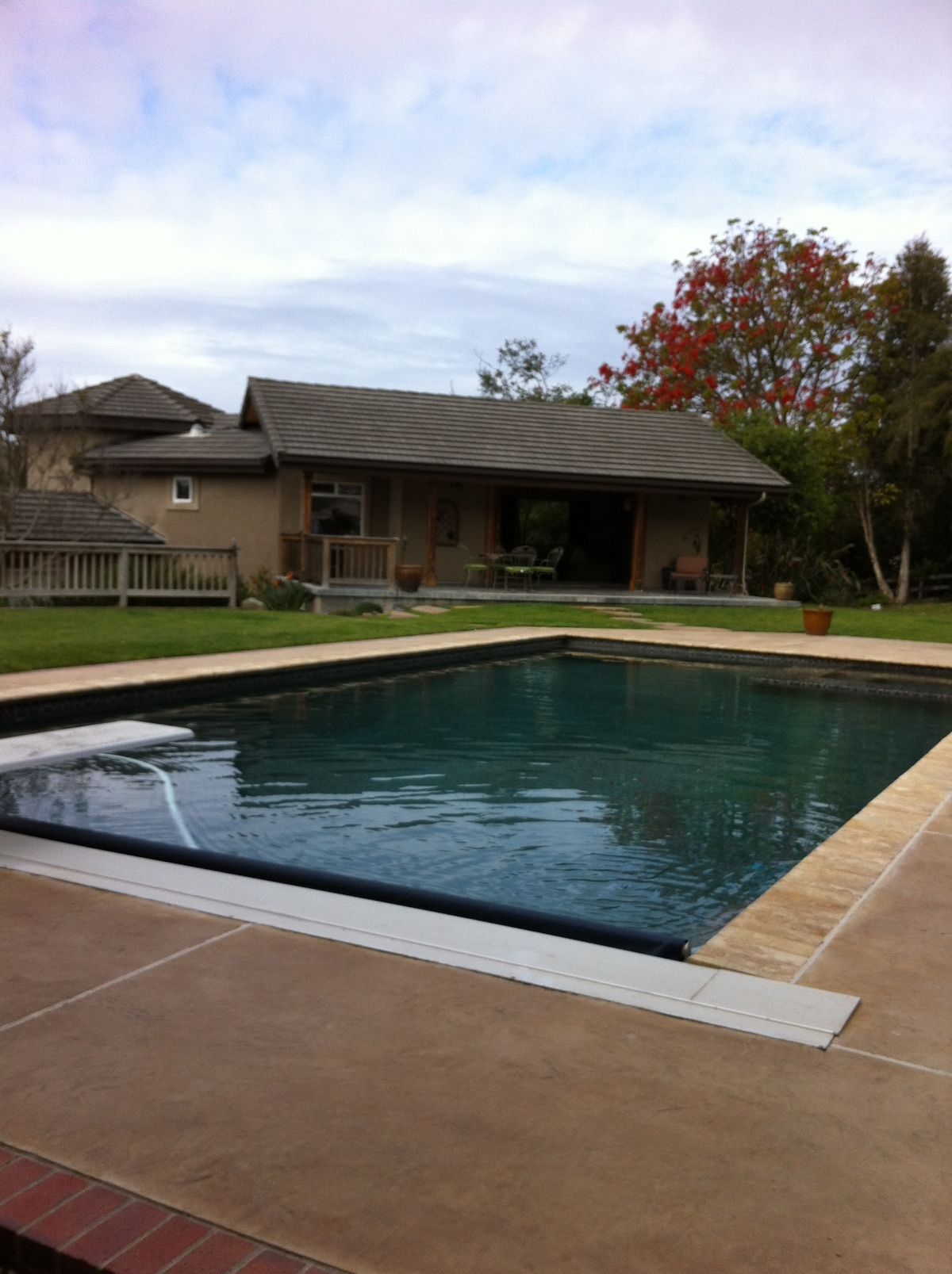 Pool and front entry. Pool towels provided.