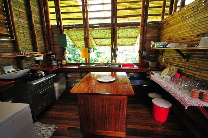 Fully equipped island kitchen by guest James MacCraw