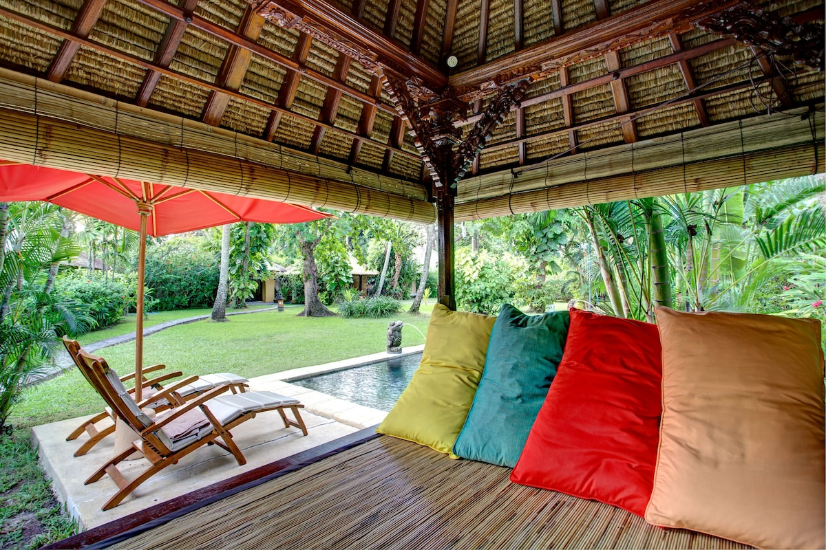 Relax @ Bale Bale ( Balinese relax pavilion)
