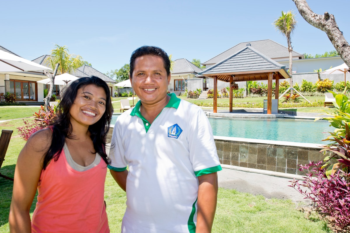 This is me, Wayana and my business buddy Taka.  We make sure our guests are happy.