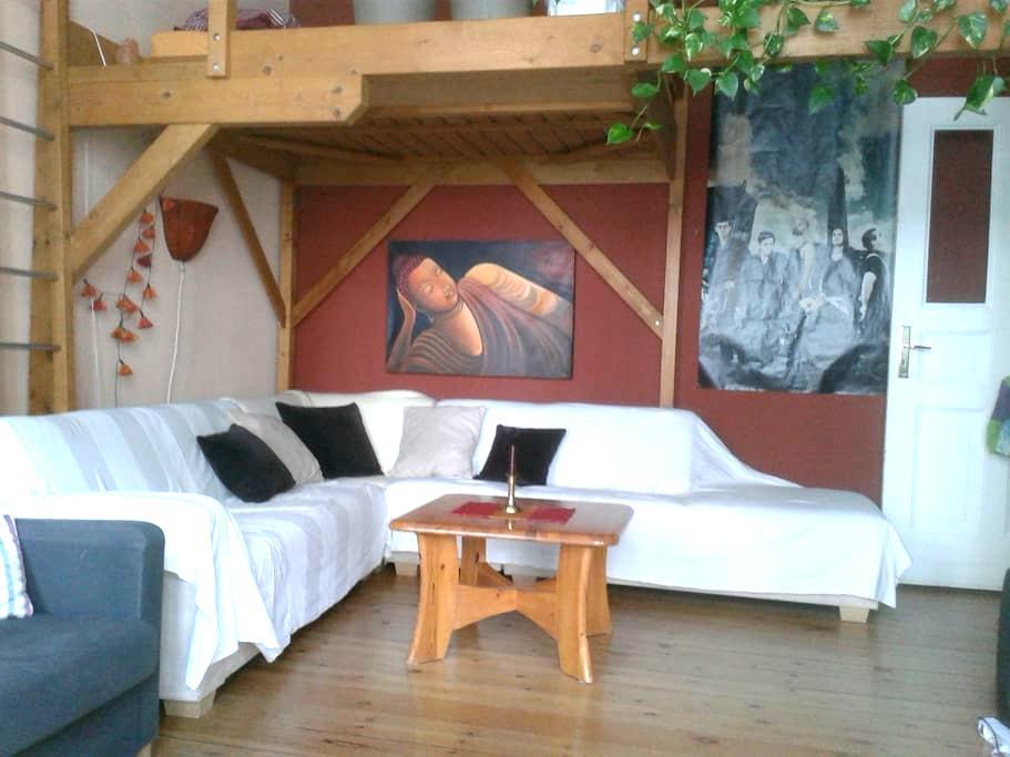 helle, gemütliche Einzimmerwohnung - Berlim - Apartamento