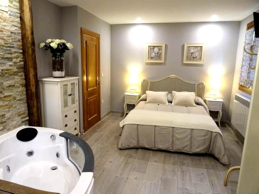 Apartamento con jacuzzi Lesaka - Lesaka - Leilighet