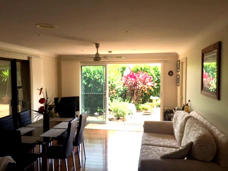 Sivana Bliss Retreat - Port Macquarie - Hus