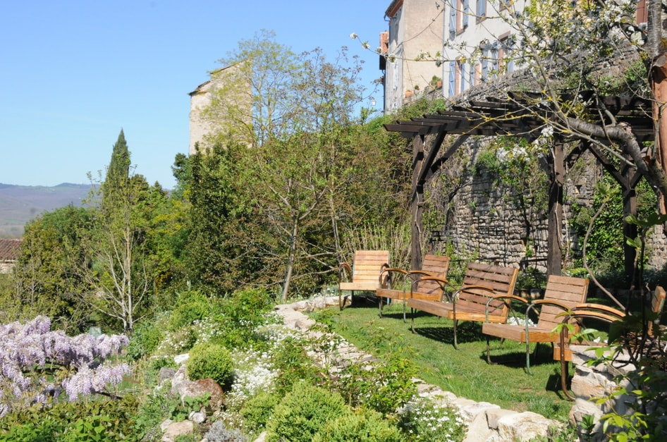 Large suite in the Cathar city