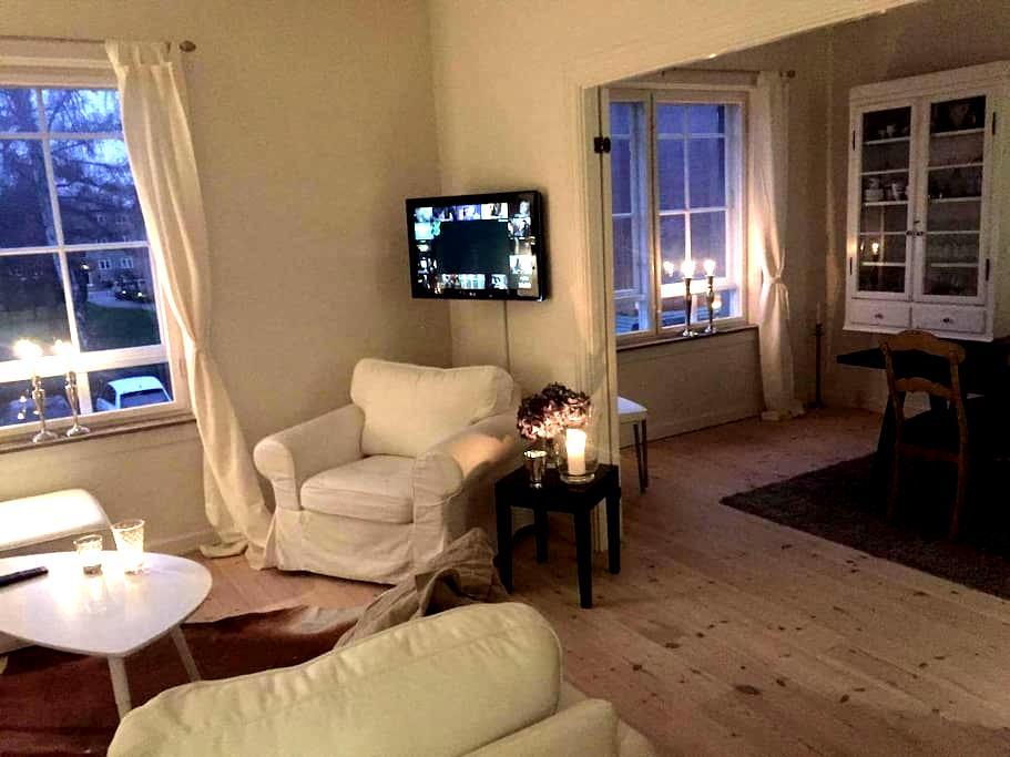 Cozy, bright apartment near Copenhagen - Virum - Leilighet
