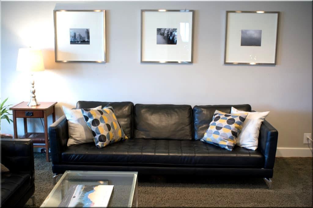 Quiet 1 BR Condo in Lovely Holladay - Holladay - Lägenhet