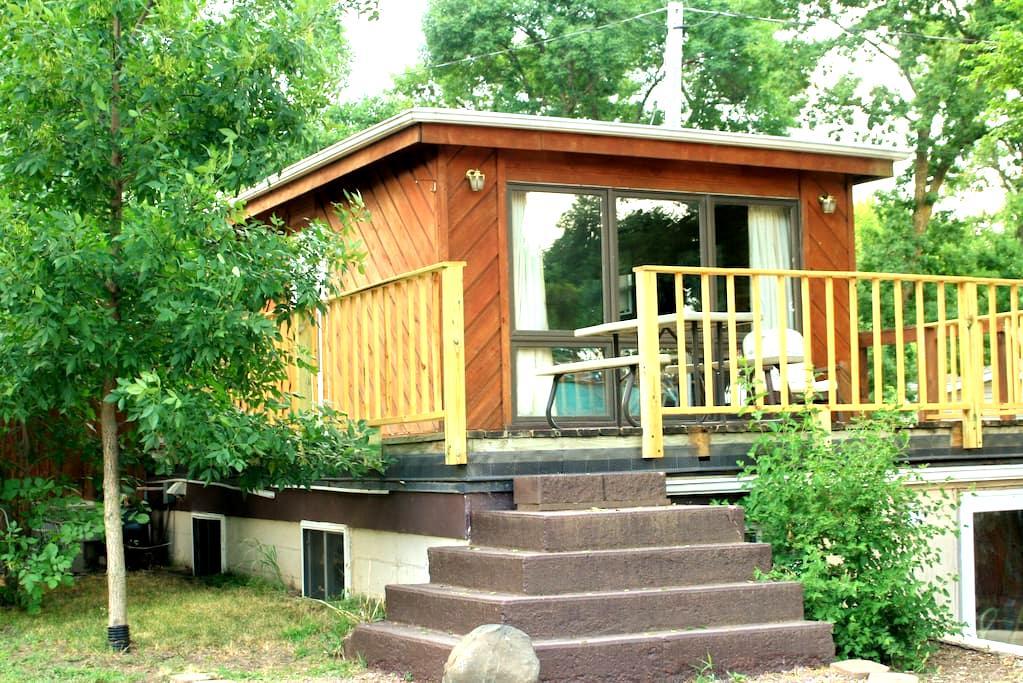 The Lighthouse Studio West Okoboji Cottage G - West Okoboji