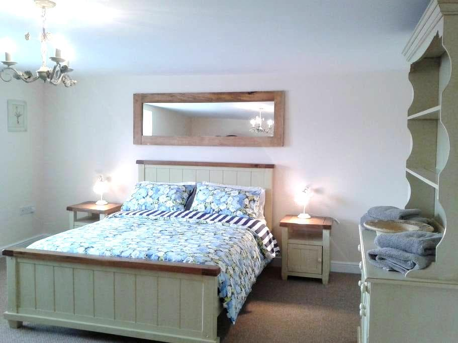 Large 2 bed apartment in Streetgate nr Newcastle - Sunniside