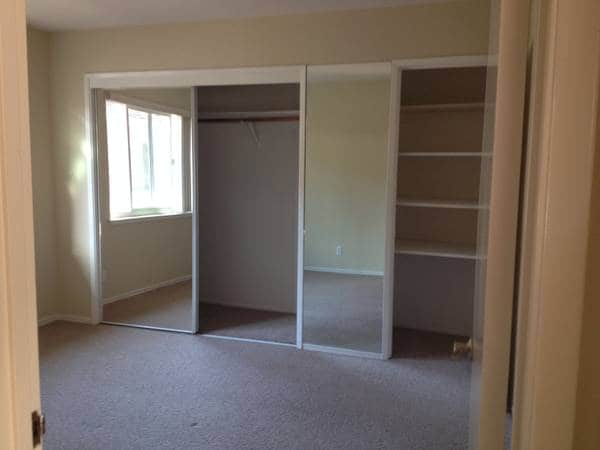 *** LARGE 2BR by downtown Menlo ***