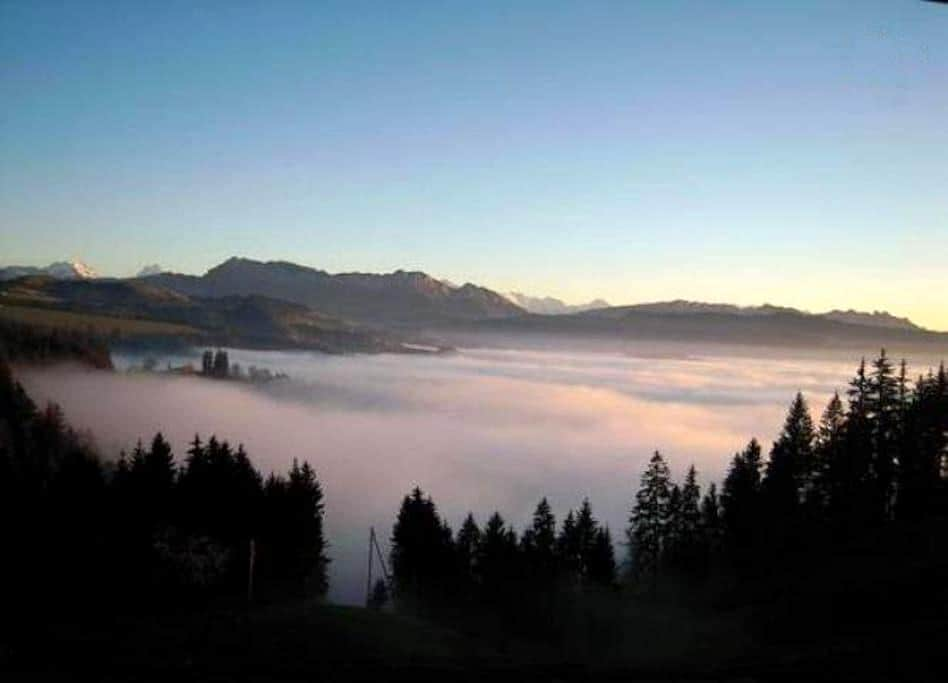Emmental -Alpensicht, zw. Bern-Thun - Eggiwil - Pis