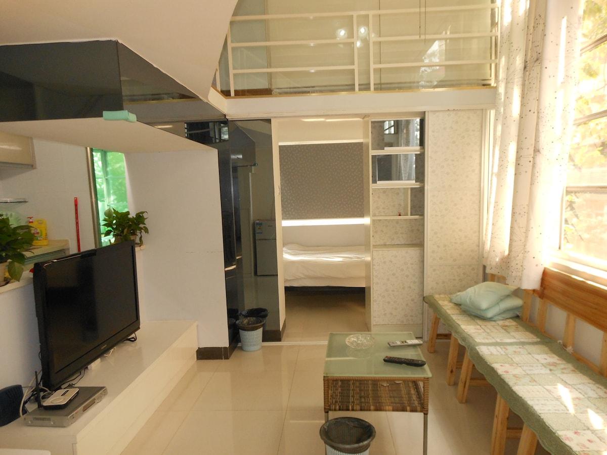 简约干净复式公寓整租,4房可住8人,地铁直达琶洲展馆。
