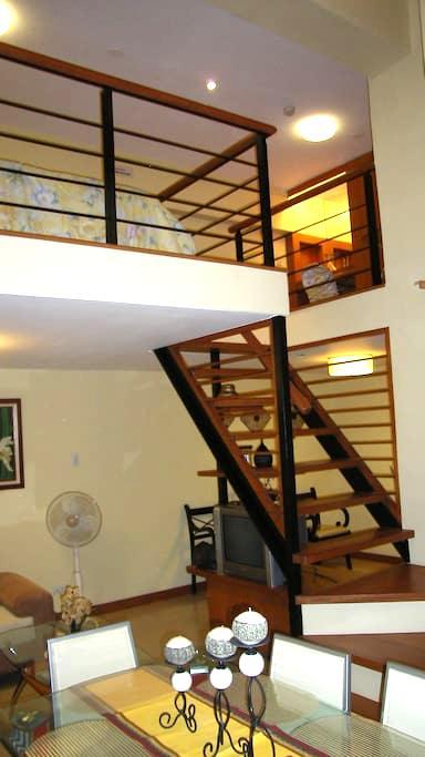 Cozy Condo Loft - Bonifacio Global City, Taguig City - Loft