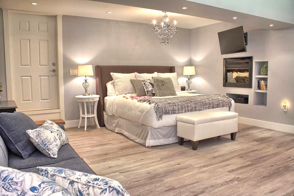 Luxury Suite with Free Continental Breakfast - Roberts Creek - Bed & Breakfast