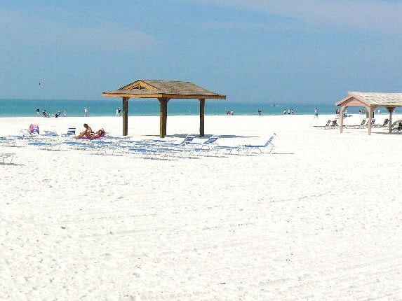 """Siesta Key was named """"Best Sand Beach"""" by Travel Channel. Siesta Key was named """"Best Sand Beach"""" by Travel Channel and it lives up to its name! This beautiful white sand, quartz beach is just a short walk away from Aloha Kai 50!"""