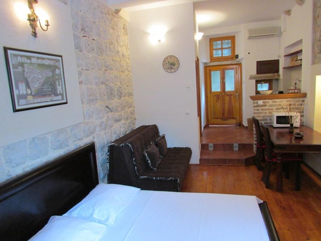 Kotor Old Town Studio apartment