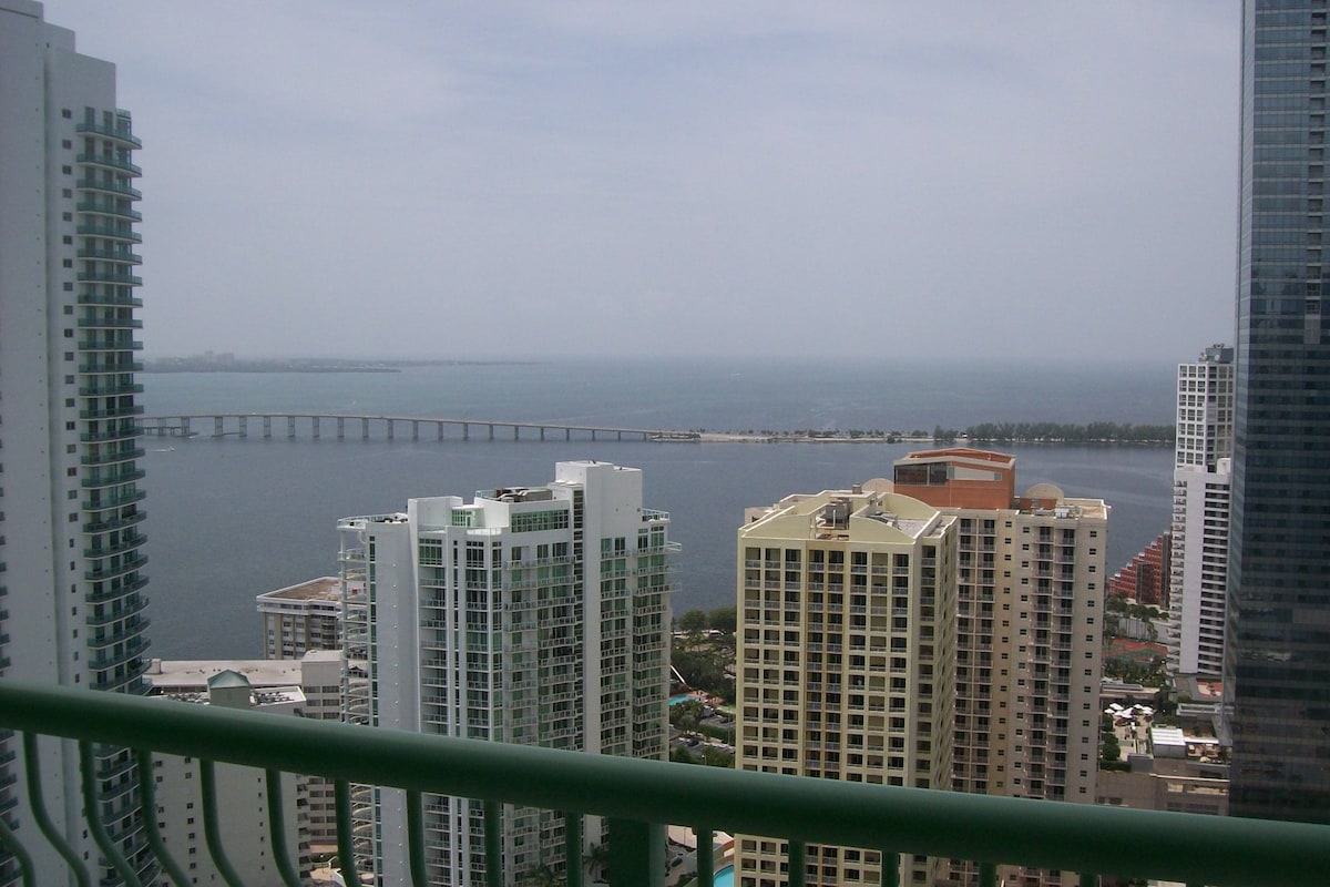 1 BED/1BA  Furnished Downtown Miami