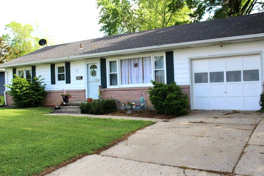 3 Bedroom home close to WAFB - Knob Noster - Maison