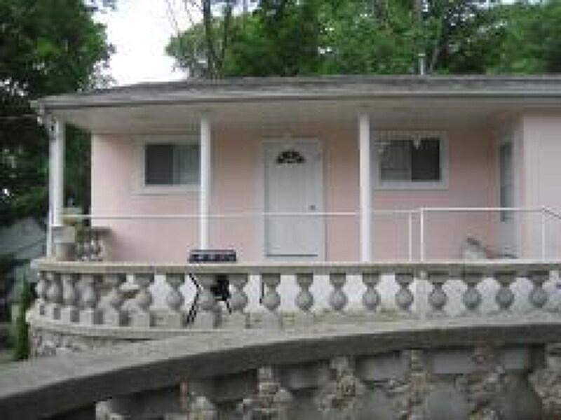 Villa 2 with private patio