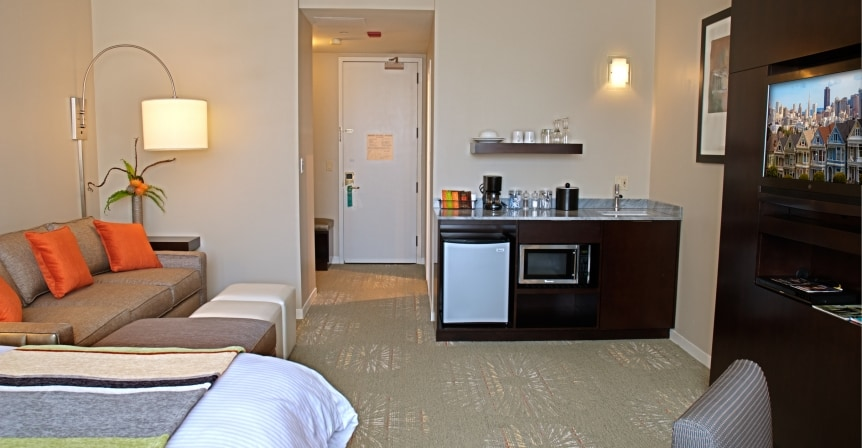 Outstanding Hotel/TS (Union Square)