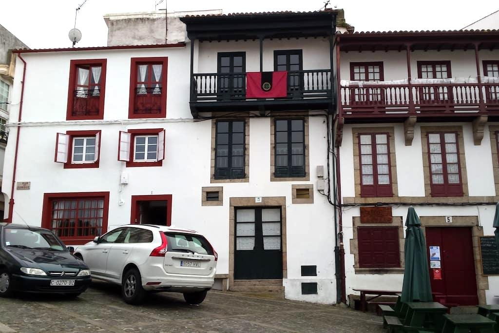 Casa típica centro casco histórico - Betanzos