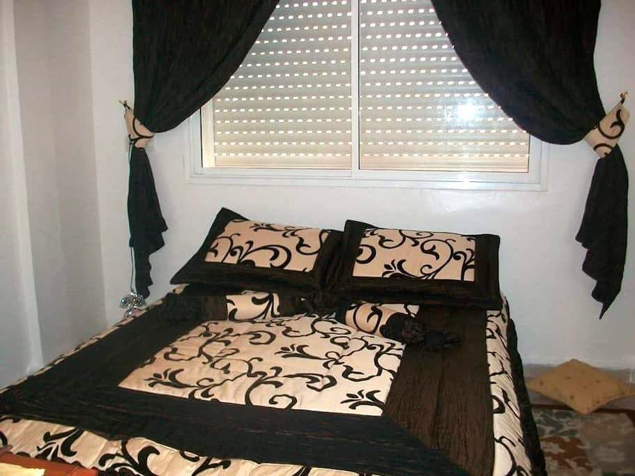 chambre ensoleillée et confortable - Agadir - Appartement