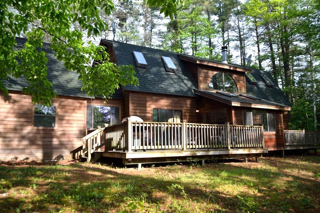 Gore Mt. Ski House/Adirondack 4 Season Retreat - Chestertown - Lägenhet