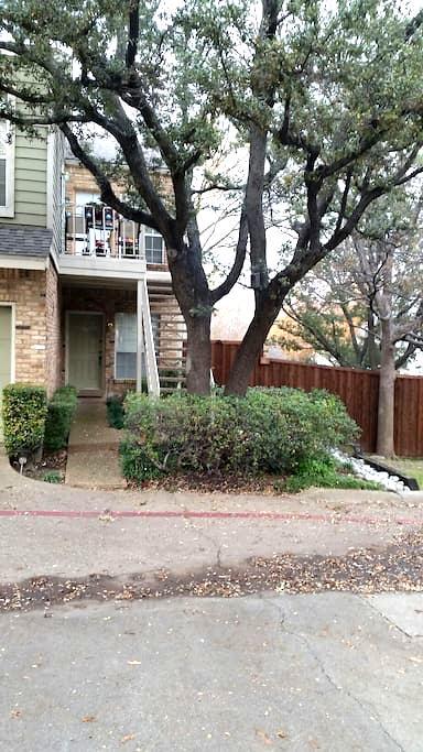 Cozy 1 Bed, 1 Bath Lakewood Condo - Dallas - Apartament