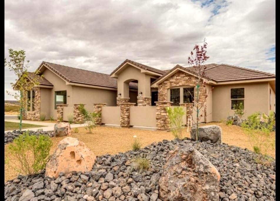 Casita near Zion Park & golfing - Hurricane - House