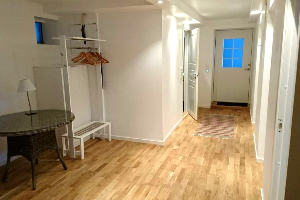 Bright and cheerful apartment. - 6016 Ålesund - Wohnung