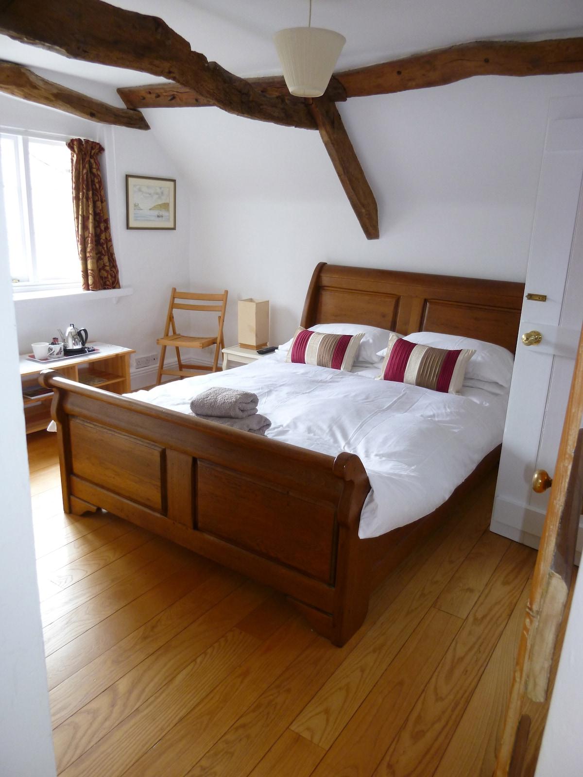 Double room en-suite in Modbury