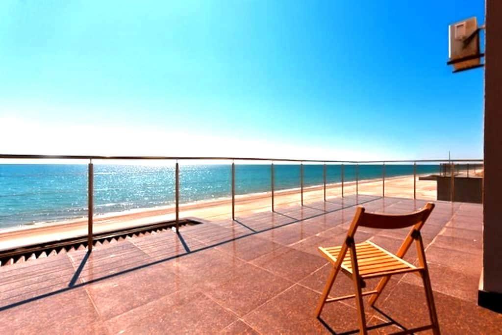 Rent a house near the sea in Zatoka - Zatoka - Dom