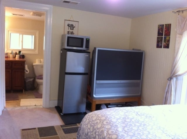 Extra comfy queen size bed, 47 inch flat TV, micorwave, refrig, spacious master bathroom.
