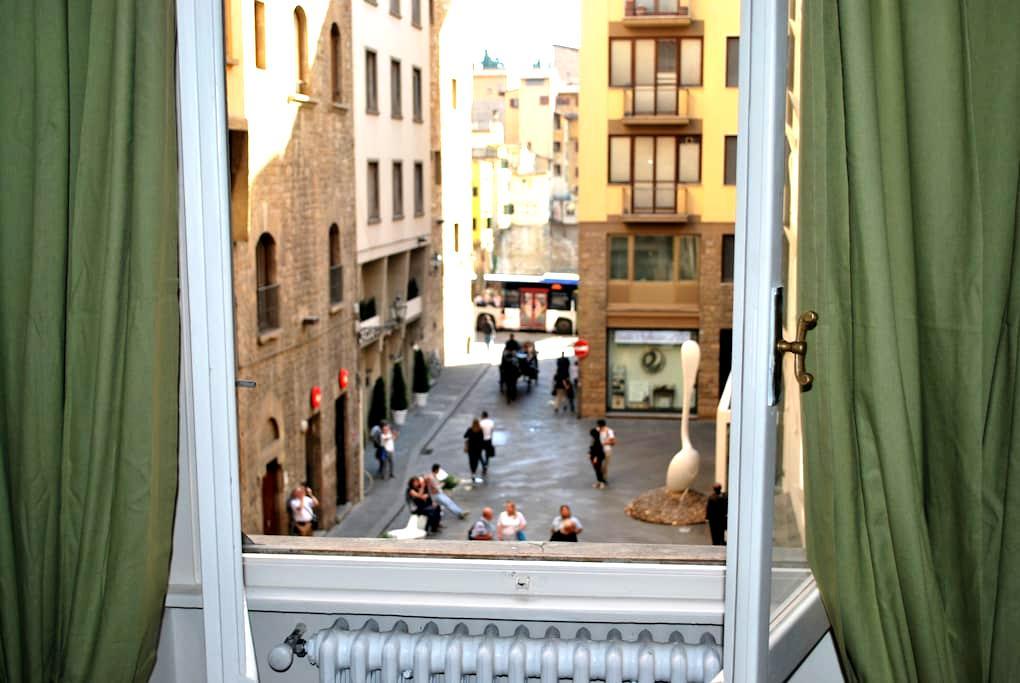 Ponte Vecchio dream apartment - Florence - Apartment