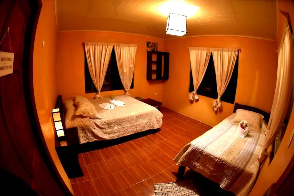 Finca Verde Lodge - Bijagua - 小木屋