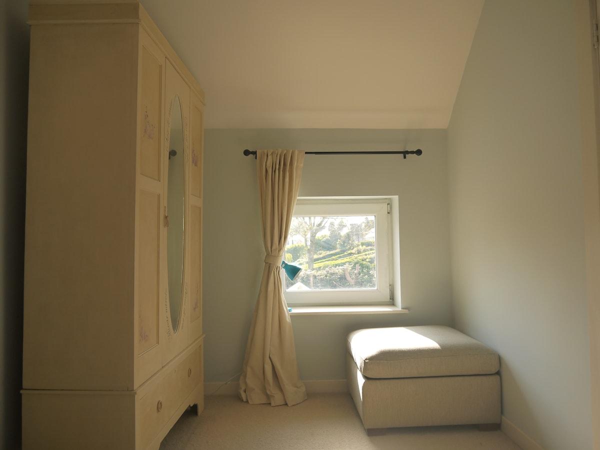 Guest Bedroom Cosy Corner