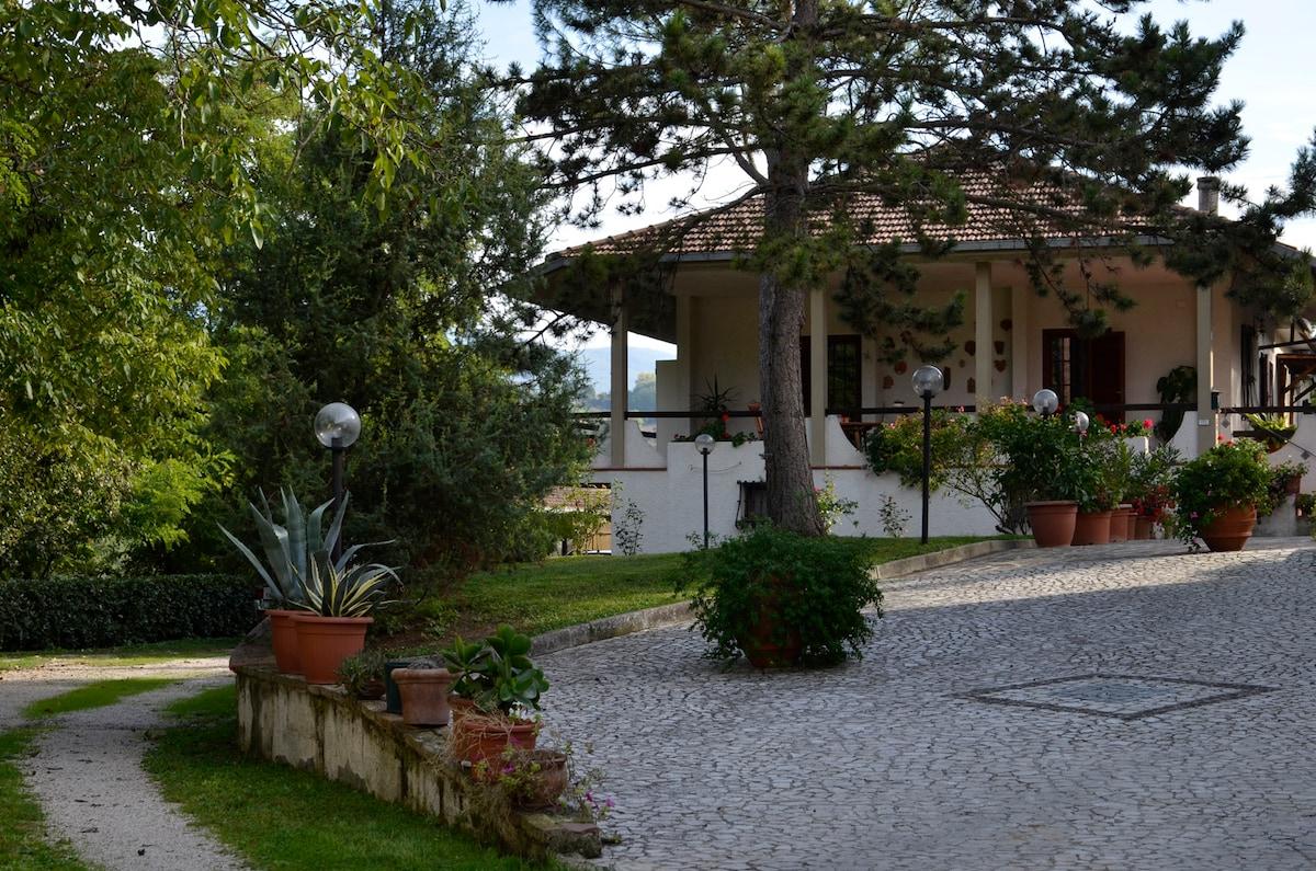 Valle degli ulivi  bed & breakfast.