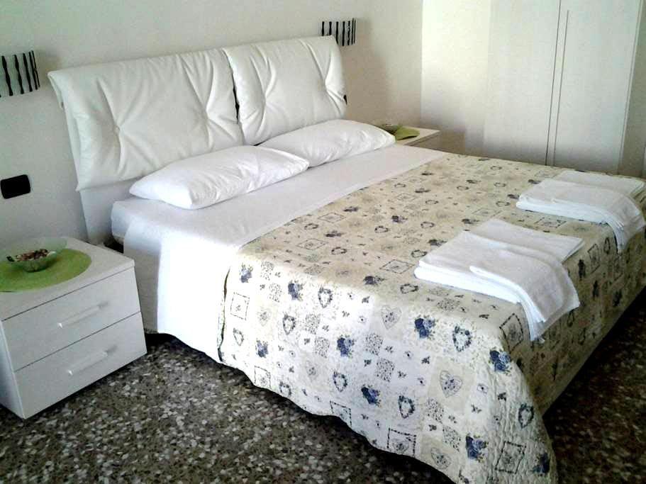 Monolocali Acquamarina - Via Fucini - Porto Cesareo - Wohnung