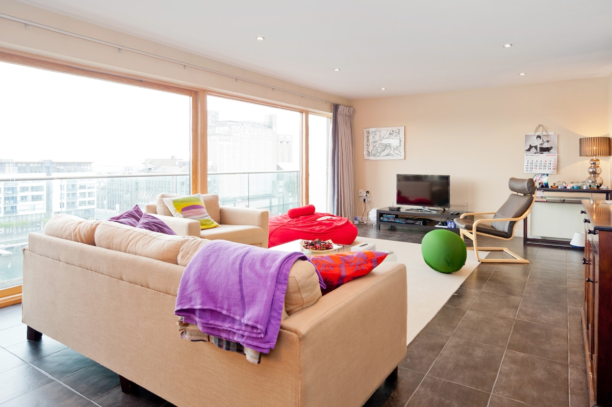 Luxurious Penthouse on Grand Canal